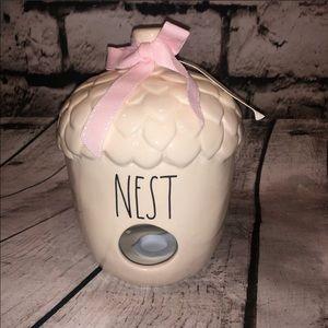 "NWT Rae Dunn ""Nest"" Acorn Shaped White Birdhouse"